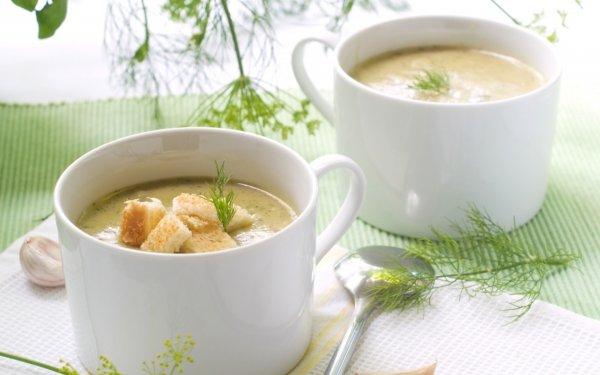 Вкусно и без запаха: Как из лука, чеснока и картошки приготовить суп-пюре