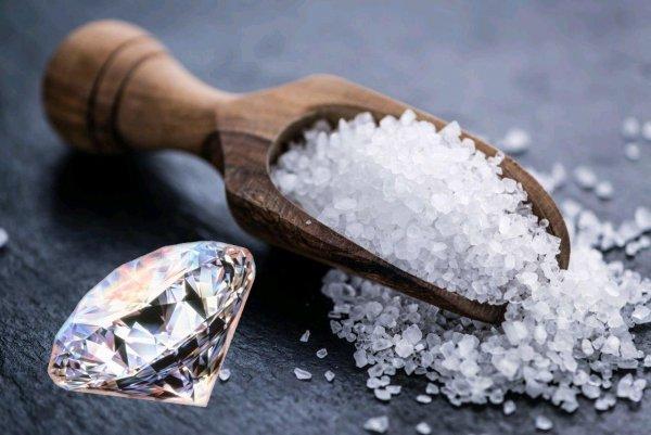 Выращенная на алмазе поваренная соль может стать заменой графену