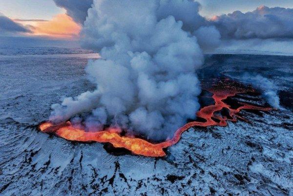 Вулканические газы могли повлиять на распространение кислорода и развитие жизни на Земле