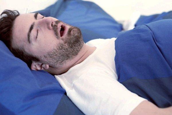 Гибкий датчик поможет диагностировать остановку дыхания во сне