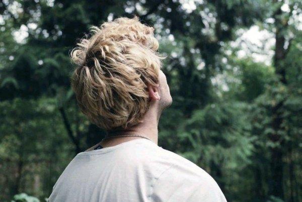 Блондины живут дольше и болеют меньше, чем брюнеты и шатены