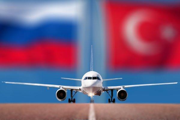 В аэропортах и самолетах Турции не исполняют необходимые санитарные меры